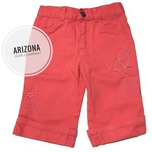 Arizona Cropped Jeans w/ Embroidered Butterflies